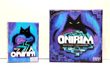 Pudełka pierwszej i drugiej edycji